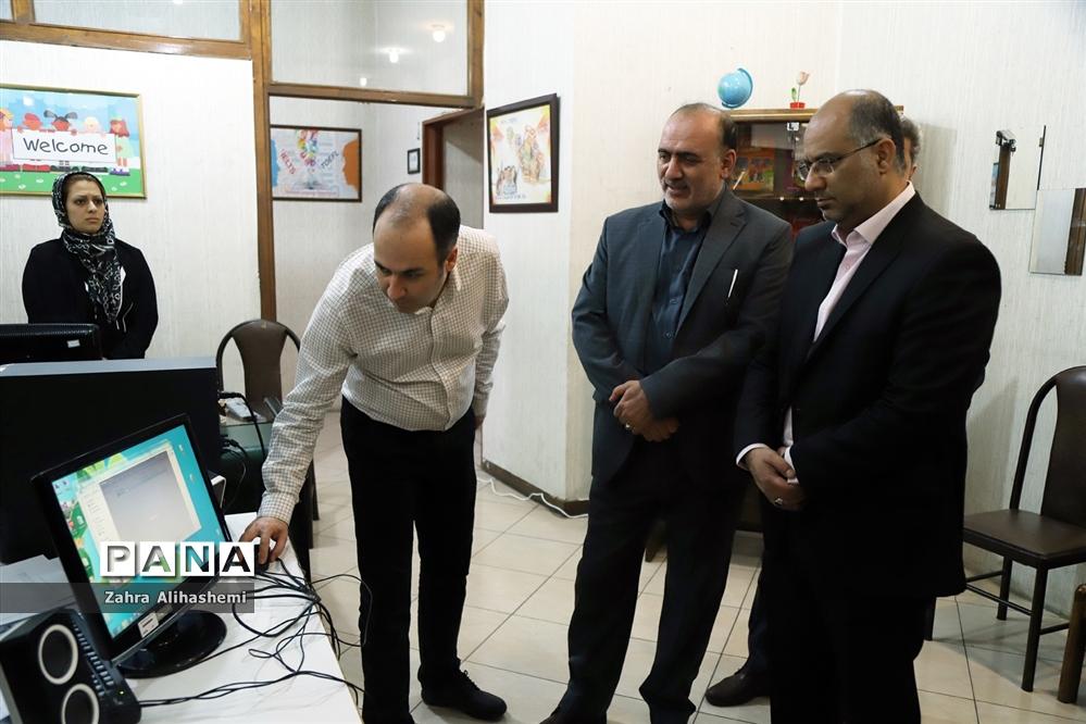 بازدید از دبیرخانه کشوری پذیرش و ارزیابی آثار پرسش مهر ۲۰ ریاست جمهوری