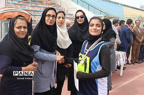 سی و یکمین دوره مسابقات قهرمانی دانش آموزان دختر مقطع متوسطه اول در رشته دو و میدانی