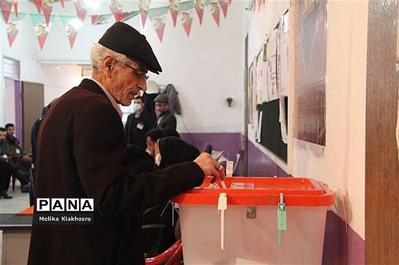یازدهمین دوره انتخابات مجلس شورای اسلامی در محمودآباد