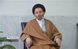 نماینده ولی فقیه در لرستان از مردم برای شرکت در انتخابات تشکر کرد