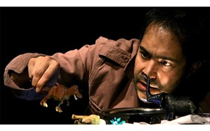 افشین هاشمی: ایام قرنطینه را با مطالعه و نوشتن میگذرانم
