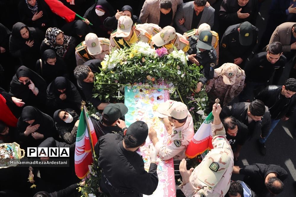 تشیع پیکر سرباز شهید امنیت درشهرستان قرچک