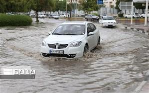 بارش باران موجب آبگرفتگی جاده بروجرد - خرمآباد شد