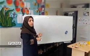 معاون پژوهش منطقه۳:معلمان مسئول ما در هر شرایطی آماده خدمت هستند
