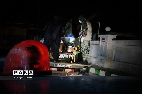 ضدعفونی چند محله ارومیه توسط جوانان بسیجی
