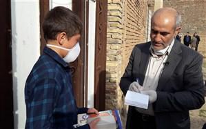 """اجرای طرح ابتکاری """"معلم یار"""" با اعطای ابلاغ به مدیر کل آموزش و پرورش آذربایجان شرقی"""