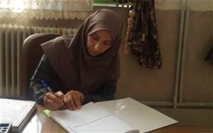 رجبی: خانوادهها ریسک ابتلا به کرونا را به جان خریدند چون توان خرید گوشی هوشمند  را ندارند