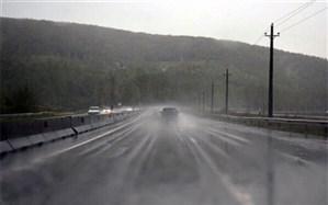 برف و باران در محورهای ١٠ استان