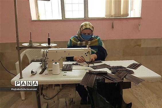 کارگاه جهادی تولید ماسک در شهرستان کاشمر