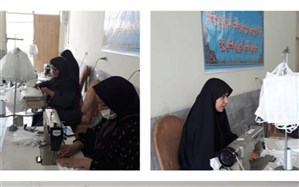 دانش آموزان و مربیان پیشتاز استان یزد کارگاه تولید ماسک راه اندازی کردند