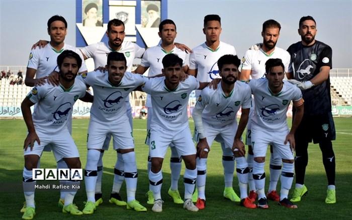 دیدار تیمهای فوتبال ماشینسازی تبریز و شاهین بوشهر