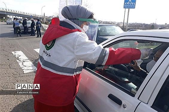 کنترل ورودیهای شهر زنجان توسط نیروهای امدادی، حفاظتی، امنیتی و علوم پزشکی