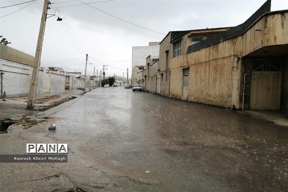 بارش باران بهاری در کازرون