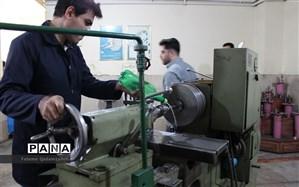 تخصیص و توزیع اعتبار ۱۰۰ میلیارد تومانی برای تجهیز هنرستانها
