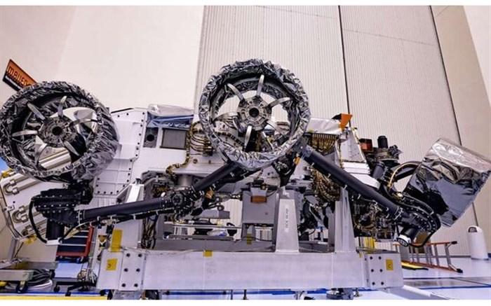 """چرخهای مریخ نورد """"استقامت"""" نصب شدند"""