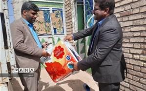 ارسال کمکهای نوعدوستانه فرهنگیان شهرستان فاریاب به مناطق سیلزده شهرستان رودبار جنوب
