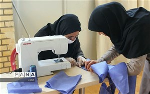 تولید و توزیع رایگان۶ هزار لباس پرستاری و 180هزار ماسک از سوی کانونهای فرهنگی تربیتی