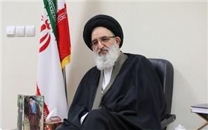 آیت الله حسینی همدانی : تشکلهای جهادی با هدف ارائه خدمات به اقشار محروم جامعه متحد شوند