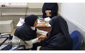 انجام آزمایش و چکاپ کامل پزشکی نیروهای ستادی  در آموزش و پرورش ناحیه3 اهواز
