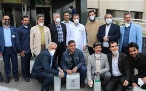 تجلیل جمعی از هنرمندان بسیجی از کادر درمان بیمارستان بقیهالله الاعظم(عج) تهران