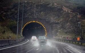 بارش باران در جادههای ۱۰ استان
