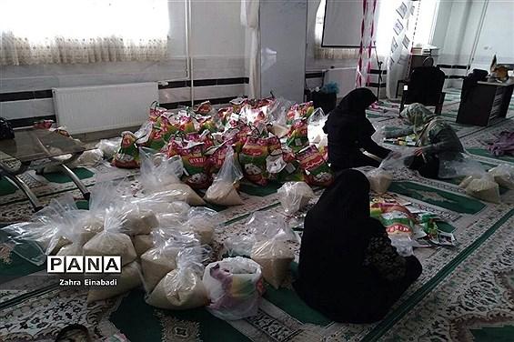توزیع   ۱۰۰۰ بسته ارزاق به مناسبت ماه مبارک رمضان در شهرستان ملارد