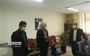 تجلیل از همکاران اداری منطقه چهار به مناسبت هفته بزرگداشت مقام معلم