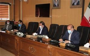 استاندار فارس: یکی از کارهای برجسته معلمان انتقال ارزشهای جامعه به نسل بعدی است