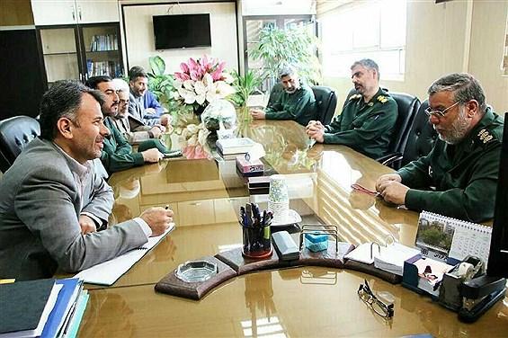 دیدار فرماندهان سپاه با مدیرکل آموزش و پرورش قزوین