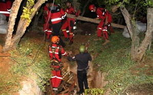 عملیات دو ساعته آتش نشانی پس از سقوط اسب در چاه عمیق