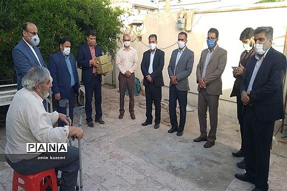 دیدار با خانواده شهدای داراب و جنت شهر بهمناسبت هفته بزرگداشت مقام معلم