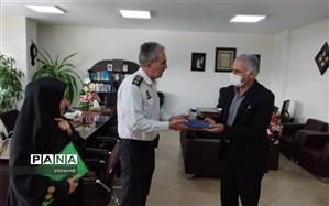 بزرگداشت مقام معلم توسط مسوولان نظامی و انتظامی منطقه چهار