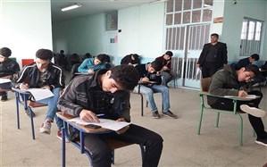 خسرو ساکی: دانشآموزان فریب کاسبکاران را نخورند