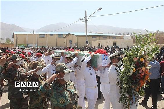 تشییع ناوبان یکم شهید اسماعیل پور خسرو از شهدای ناو کُنارک در شهرستان داراب -2