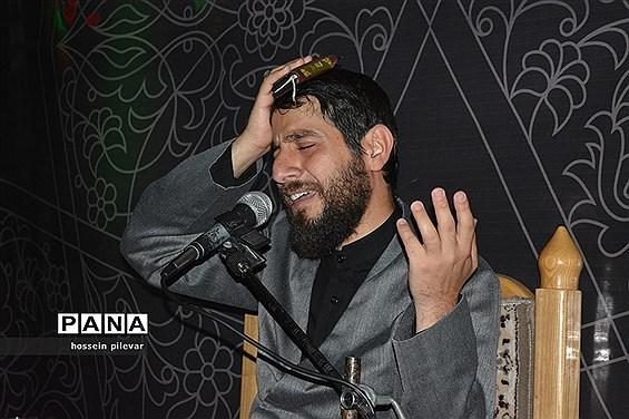 مراسم عزاداری شب بیست و یکم ماه مبارک رمضان در مسجد امام حسین (ع) در بیرجند