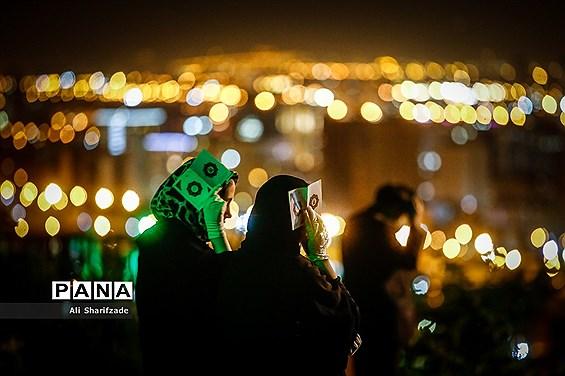 احیای شب بیست و یکم ماه رمضان در مقبره الشهدای چیتگر