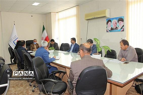 جلسه تخصصی کمیته تدوین برنامه عملیاتی آموزش و پرورش استان بوشهر