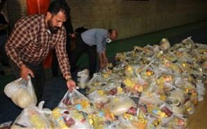 توزیع یک هزار بسته  نیکوکاری در بین دانش آموزان بی بضاعت ناحیه 4 شیراز