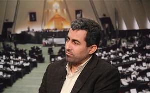 پور ابراهیمی:روند کاهش نرخ طلا به زودی آغاز میشود