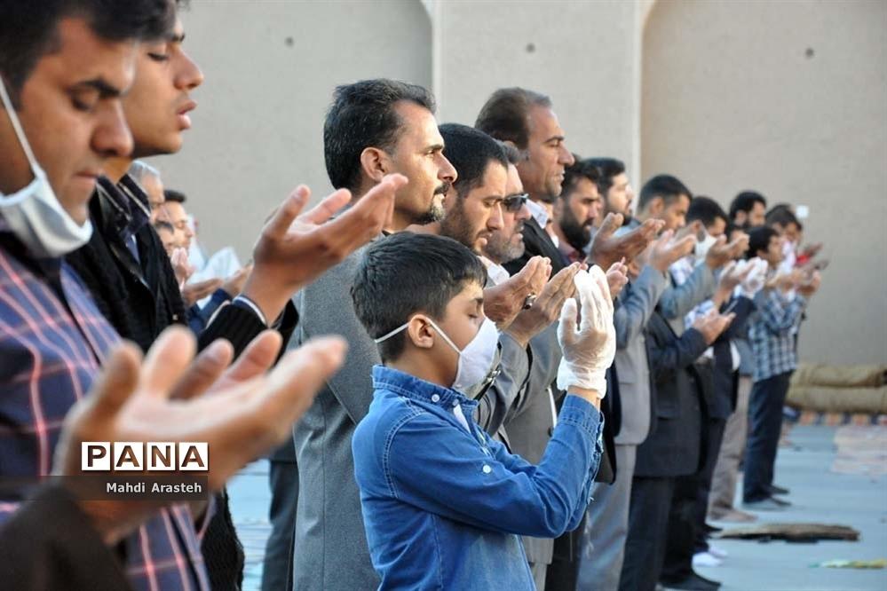 اقامه نماز عیدسعید فطر در شهرستان خوسف استان خراسان جنوبی