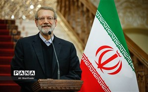 لاریجانی: تحریمها باید برداشته بشود