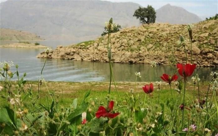 برگزاری تور آشناسازی خبرنگاران آذربایجانغربی با جاذبههای گردشگری ارومیه