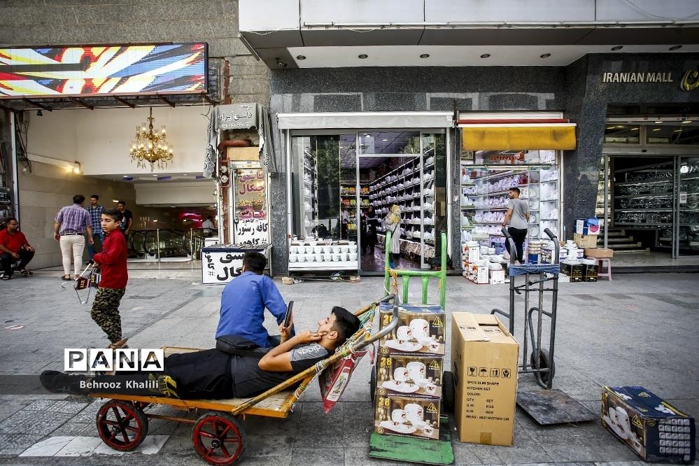 کسادی بازار بلورفروشان شوش و لوازم خانگی پس از شیوع کرونا