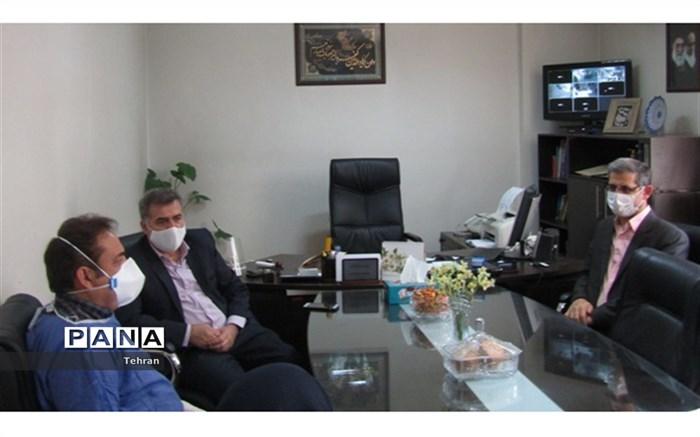 بازدید مدیر آموزش و پرورش منطقه 15 از درمانگاه زینب بختیاری