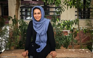 مریم کاظمی را با تئاتر می شناسند تا حضور در سریال و فیلم های سینمایی