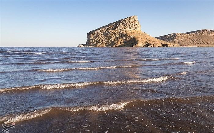 دریاچه ارومیه عمیقتر شد/حال خوش دریاچه ارومیه ادامه دارد