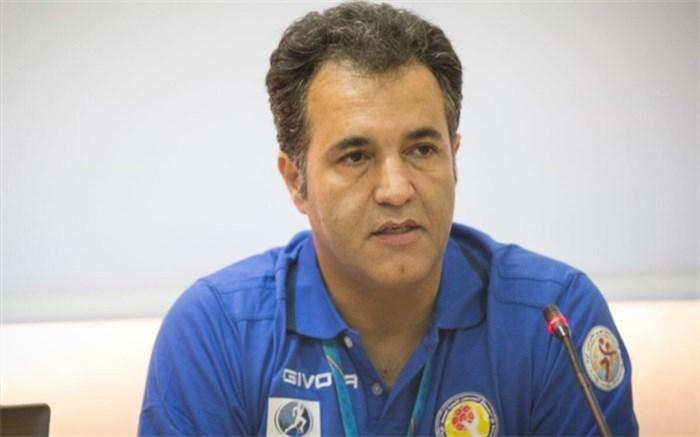 علیرضا حبیبی: اولویت هندبال ایران در سال 99 نوجوانان و جوانان است؛ فدراسیون میخواهد پشتوانهسازی کند