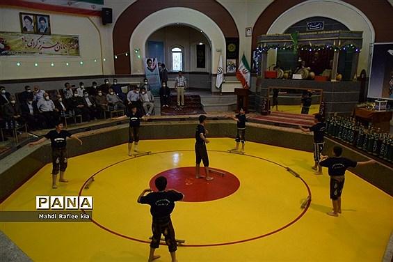 برگزارى مراسم آزادسازى زندانیان جرائم غیر عمد ورزشکار و جوان آذربایجان شرقى.
