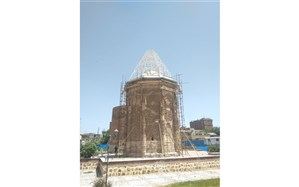 آثار باستانی ایران، مرمت بی عصمت