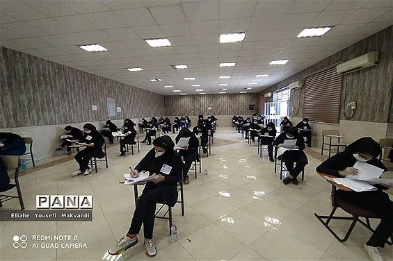 بازدید از حوزههای امتحانات نهایی پایه دوازدهم در شهرستان امیدیه
